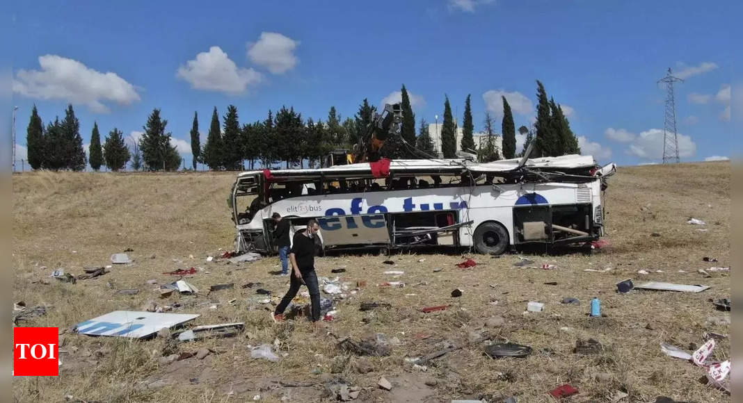 , Collision between train, minibus leaves 4 dead in Turkey, The World Live Breaking News Coverage & Updates IN ENGLISH