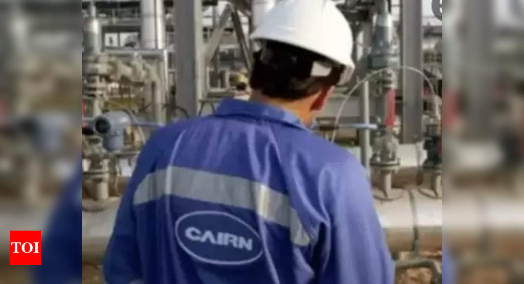 Cairn accepts bn refund offer, to drop cases against India: CEO