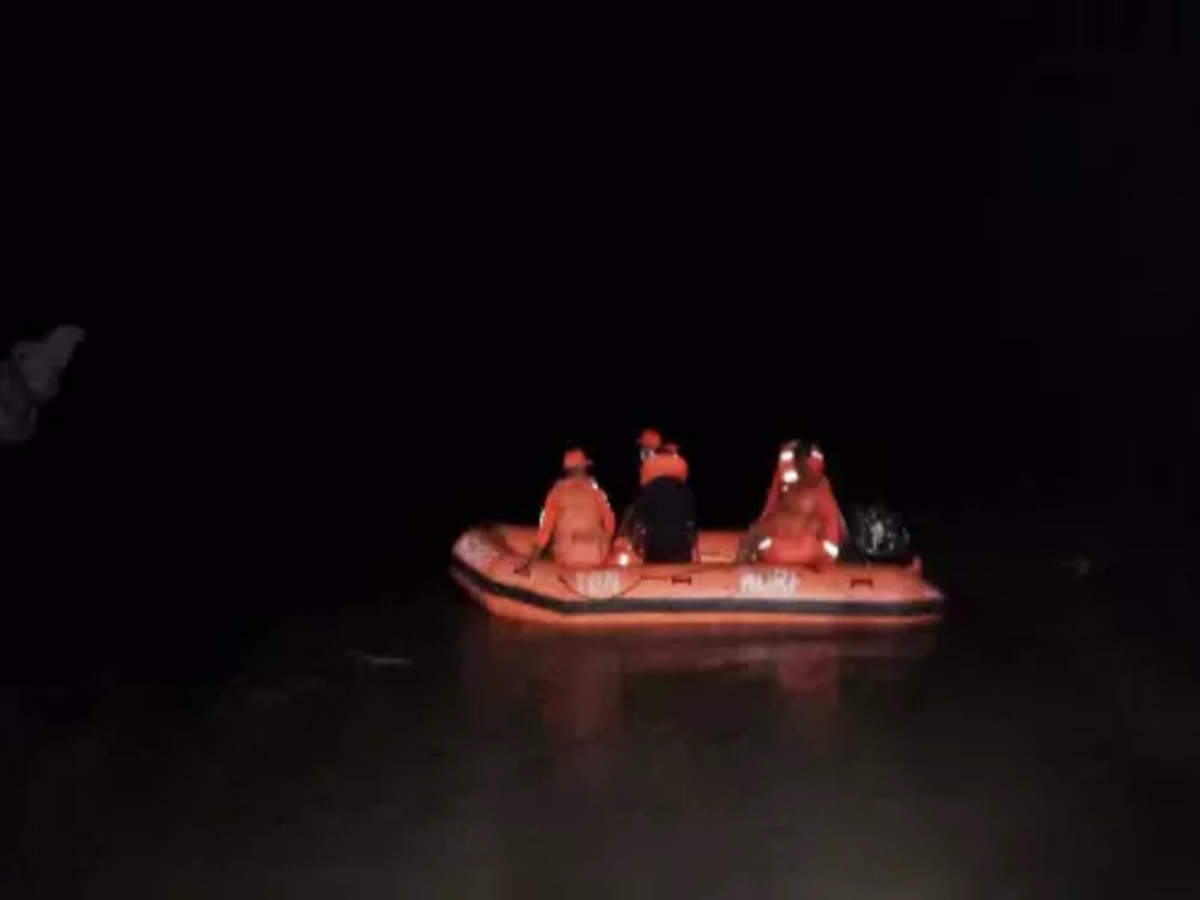 Assam Boat Accident live: One dead, 25 people rescued, about 60 still missing