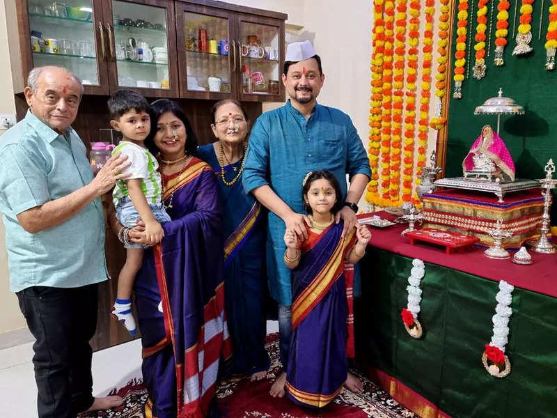 Swapnil Joshi with his family