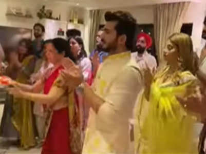 KKK11 friends visit Arjun's home for Ganpati