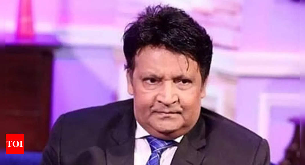 Pakistan's comedy legend Umar Shareef critically ill; wife appeals to PM for health visit to US – Times of India