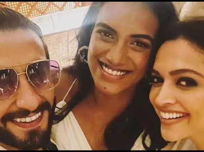 Ranveer posts a happy pic with PV Sindhu, DP