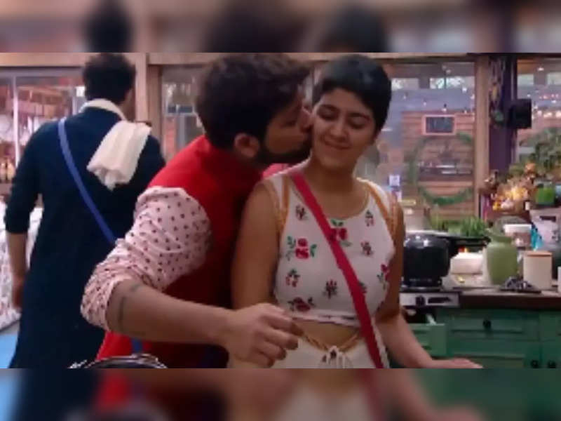 Bigg Boss OTT: Muskaan Jattana calls herself lucky to have chosen Nishant Bhat as her connection; shares post eviction, 'I'm suddenly very lonely'