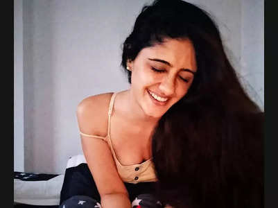 GHKPM fame Ayesha's girl-next-door style