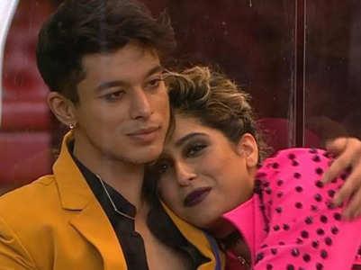 Neha for Pratik: I would have dated him