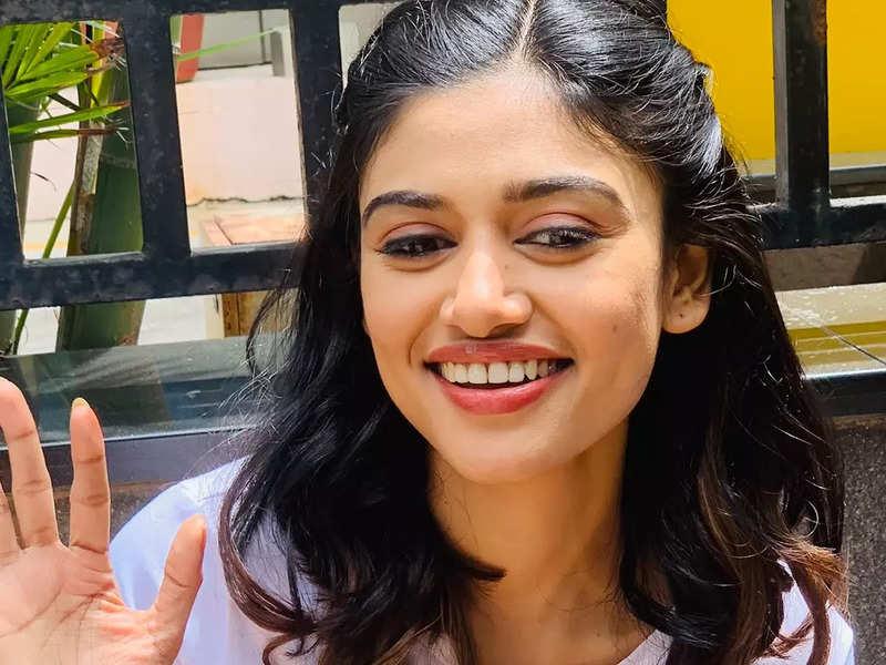 'Non sexual harassment': Oviyaa calls out actor Bayilvan Ranganathan