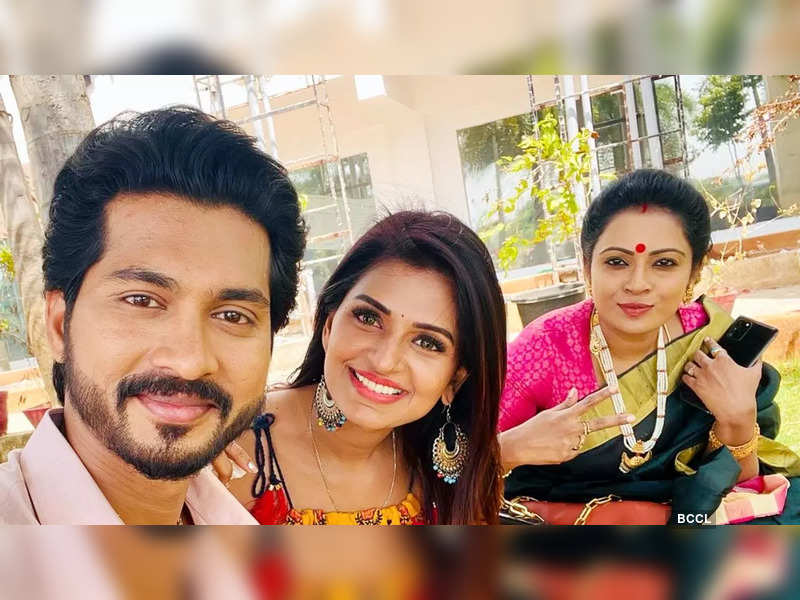 Actress Anandhi Ajay joins the cast of Raaja Paarvai - Times of India