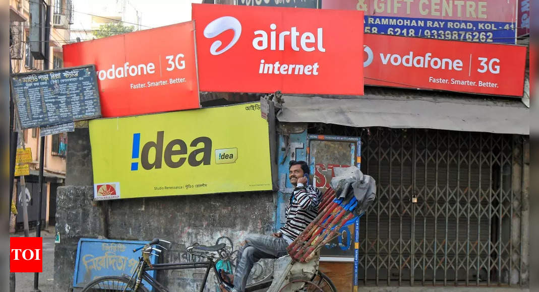 Govt bails out telcos with 4-year gap in spectrum, AGR payouts