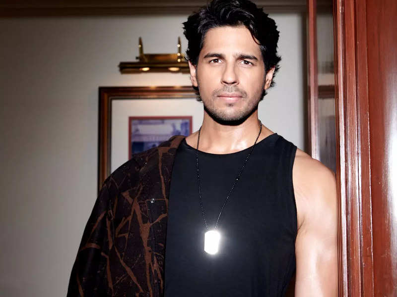 Sidharth Malhotra is keen on making his Tamil debut