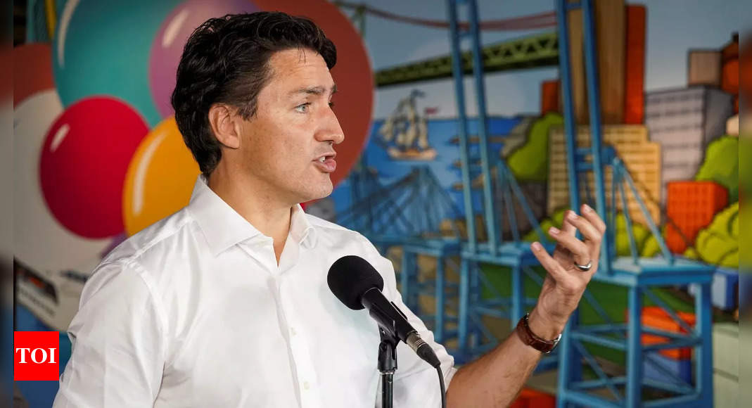 Trudeau says main election rival has shown poor leadership on Covid