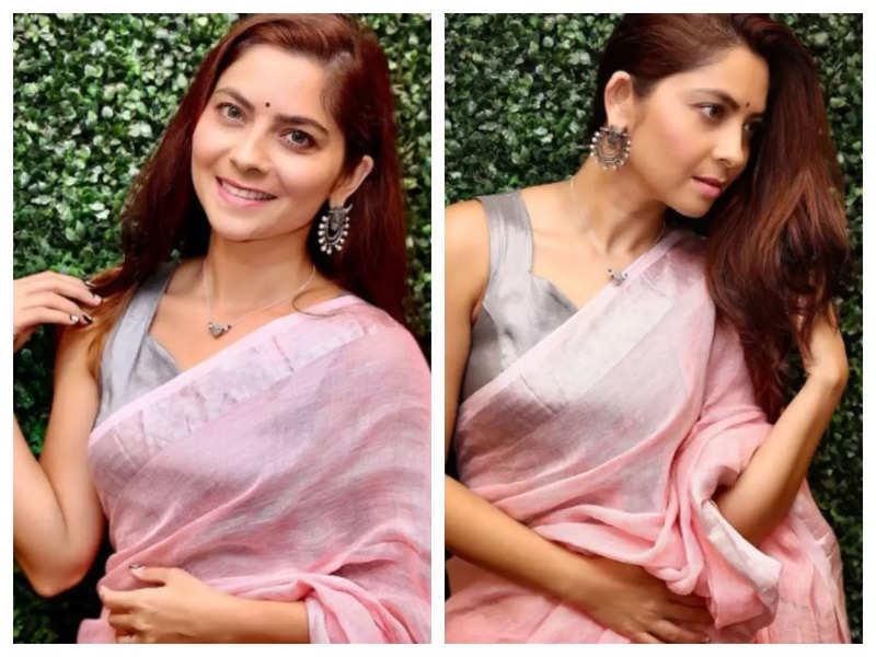 Sonalee Kulkarni is giving us major 'festive vibes' in this pink saree; See pics