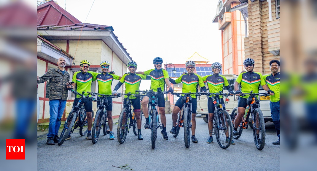 7 Indian Inc leaders cycle across Himalayas to deliver message on climate change