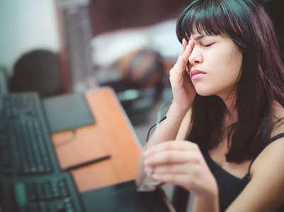 Thyroid eye disease: What are the symptoms?