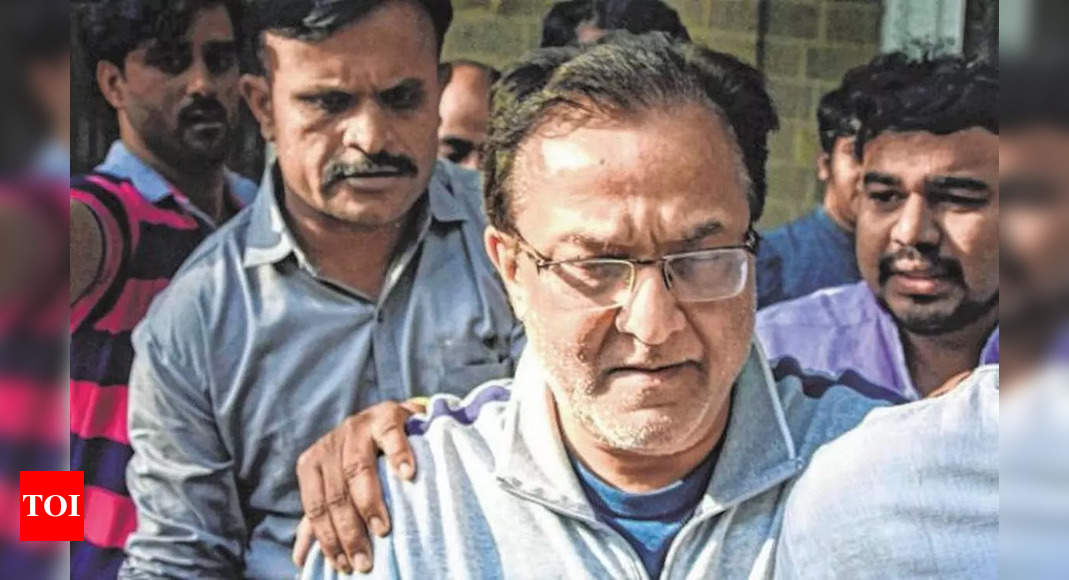 kapoor:  Yes Bank-DHFL case: Rana Kapoor's wife, daughters remanded to judicial custody – Times of India