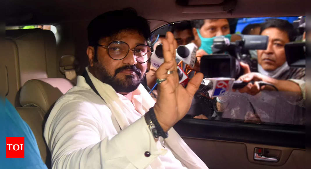 Babul Supriyo joins Mamata's party; BJP says 'this is not politics', Trinamool reminds it of pre-poll poaching   India News - Times of India