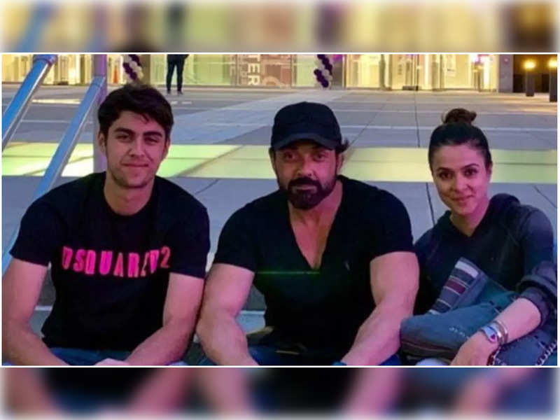 Bobby Deol drops a happy family pic with son Aryaman as he misses him