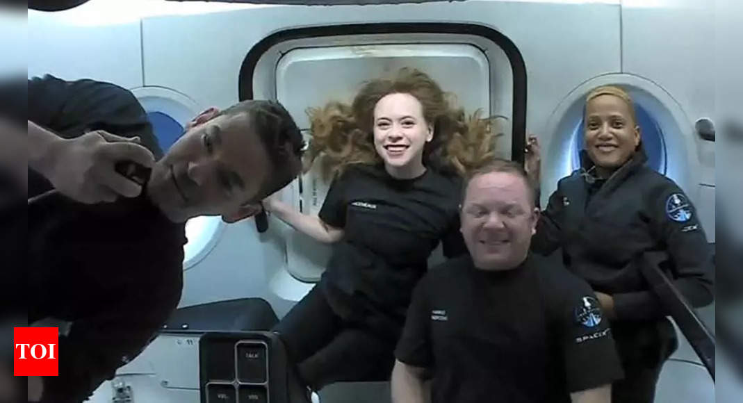 SpaceX capsule with world's first all-civilian orbital crew splashes down off Florida – Times of India