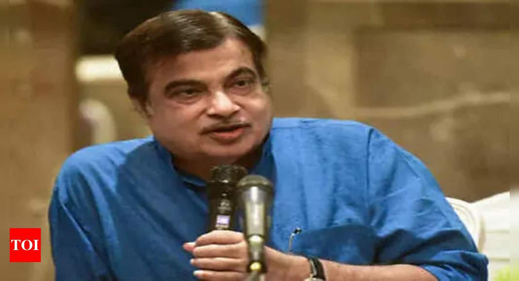 gadkari:  Delhi-Mumbai Expressway to fetch Rs 1,000 to 1,500 crore revenues every month, says Nitin Gadkari – Times of India