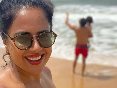 Sameera celebrates her 'yummy' complexion