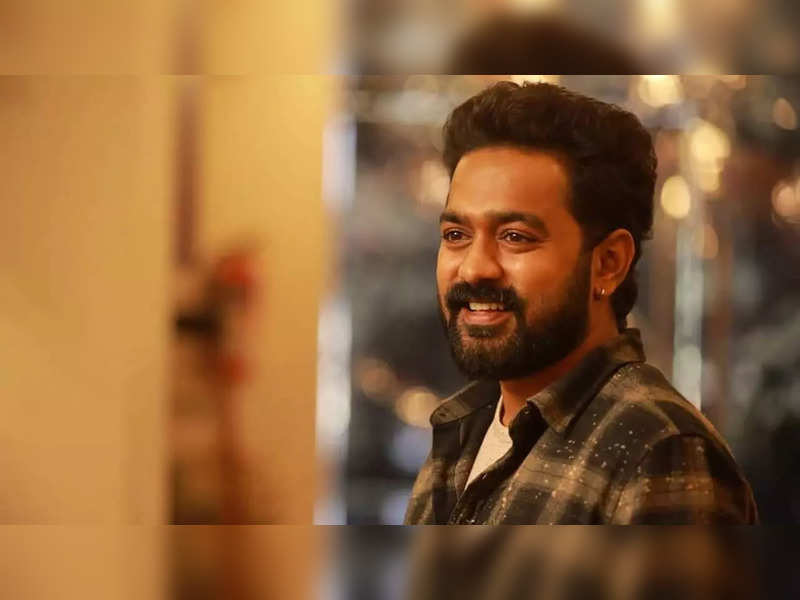 Asif Ali about 'Anchinodu Inchodinchu': I was so tensed to play with such smart kids