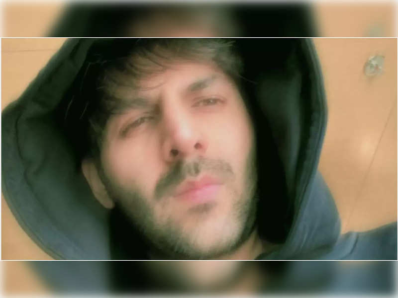 Kartik Aaryan's selfie mood is relatable for any youngster