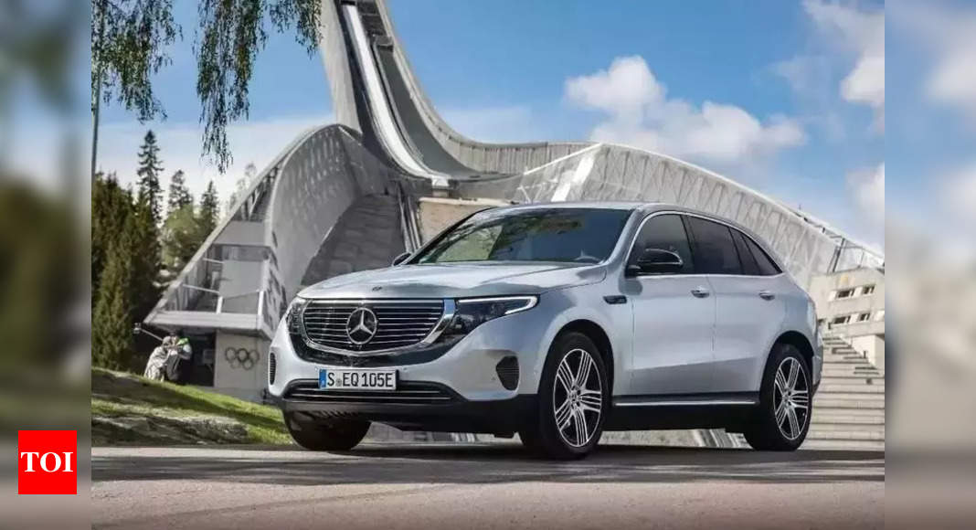 Import duty on cars 'outrageous': Merc – Times of India