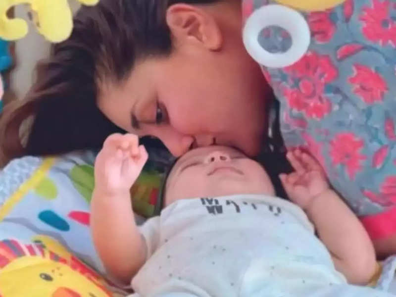 Kareena Kapoor Khan captures Jeh Ali Khan's playful mood in latest pictures from family vacation