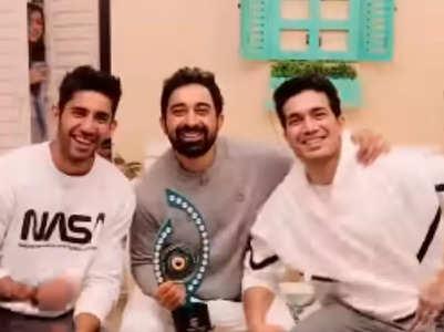 Varun-Rannvijay steal the trophy from Divya
