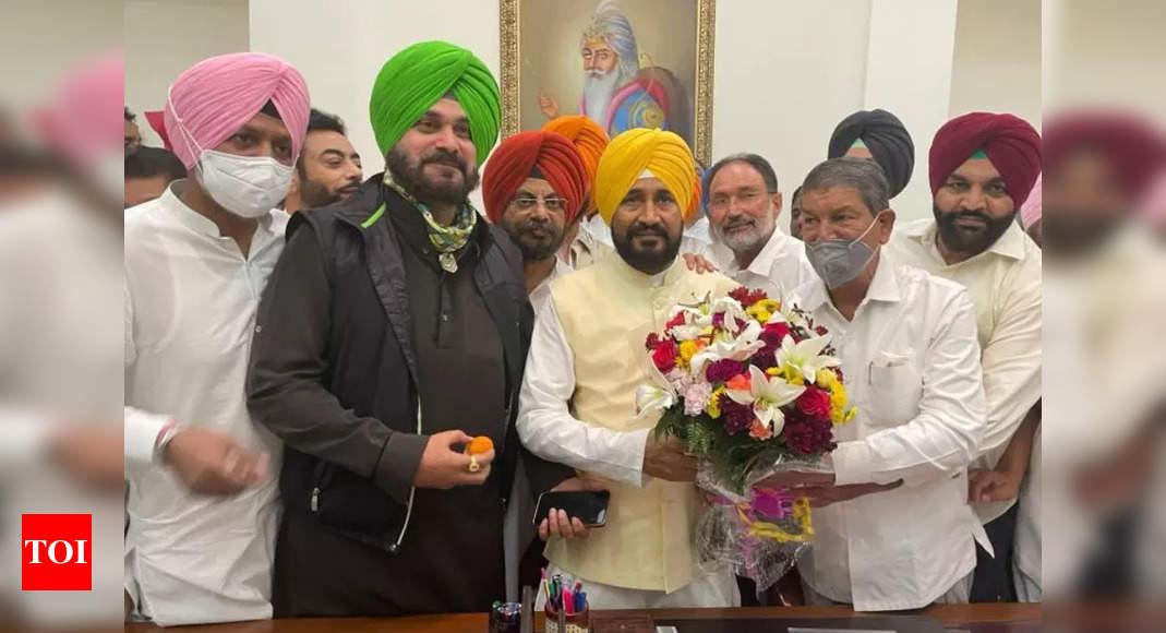 Under fire, Congress says will fight Punjab polls under both Channi, Sidhu