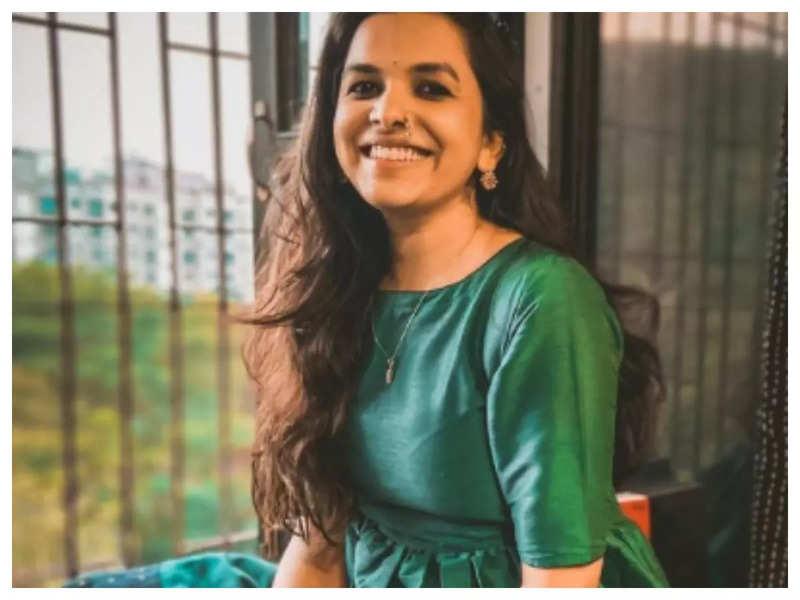 Mitali Mayekar looks simply beautiful in this green dress; See pic
