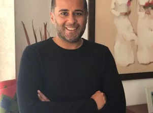 Chetan Bhagat unveils the cover of his new novel