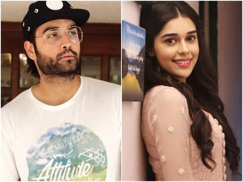 Vivian Dsena and Eisha Singh (Instagram)
