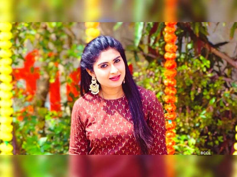 Akshitha Bopaiah learns to play Chenda Melam; watch (Photo - Instagram)