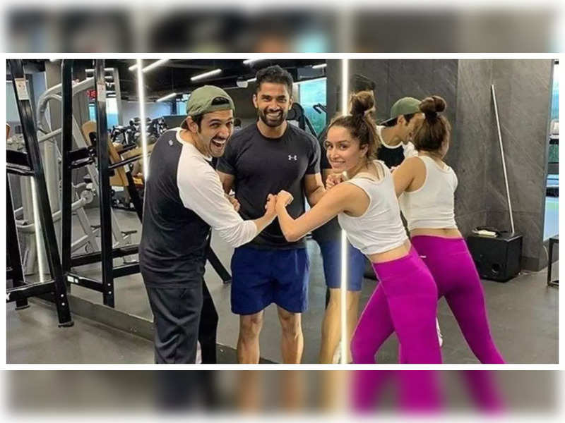 THIS throwback gym picture of Shraddha Kapoor and Kartik Aaryan will make you want to see them together on screen