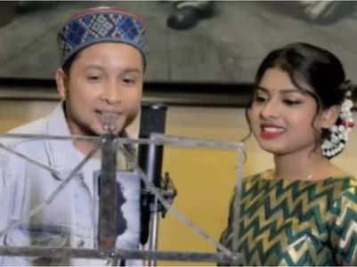Fan leaks Pawandeep-Arunita's unreleased video