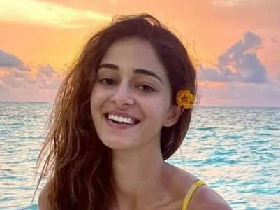 Ananya Pandey's stunning candid pictures