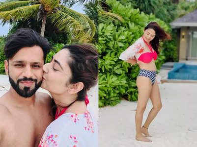 Disha's loved-up photos with Rahul Vaidya