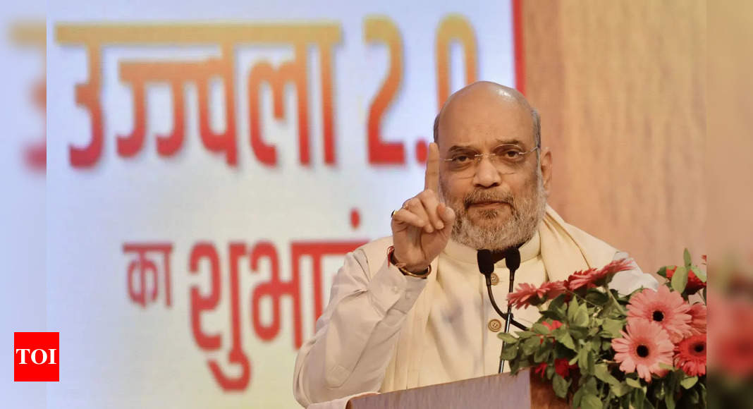 , Amit Shah to chair meet with CMs of 10 Naxal hit states on Sunday, The World Live Breaking News Coverage & Updates IN ENGLISH