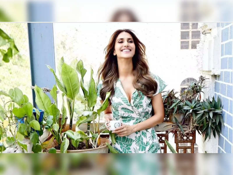 Vaani Kapoor radiates positivity and happiness as she basks in the laps of nature