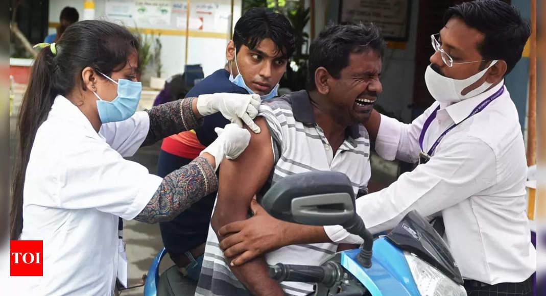 Live: Kerala cases fall below 18k, India tally under 30k
