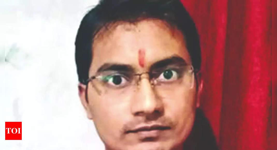 IIT-Bombay graduate from Bihar tops civil services exam,