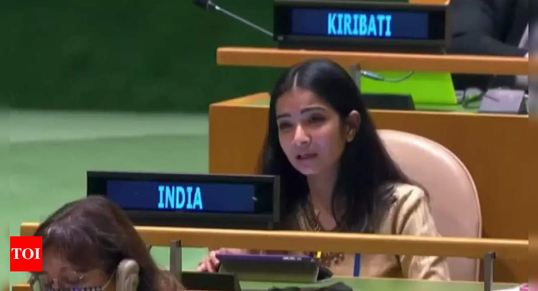 Pakistan is 'arsonist' disguising itself as 'fire-fighter': India's strong Right of Reply at UNGA thumbnail