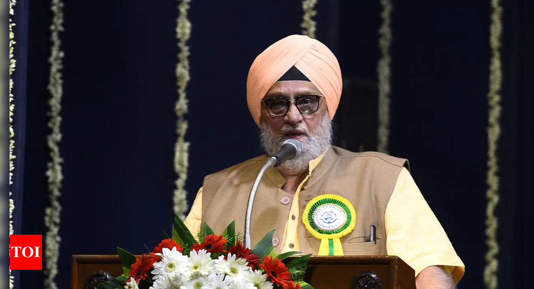 Bishan Singh Bedi, 75, outspoken moral centre of our times   Cricket News – Times of India
