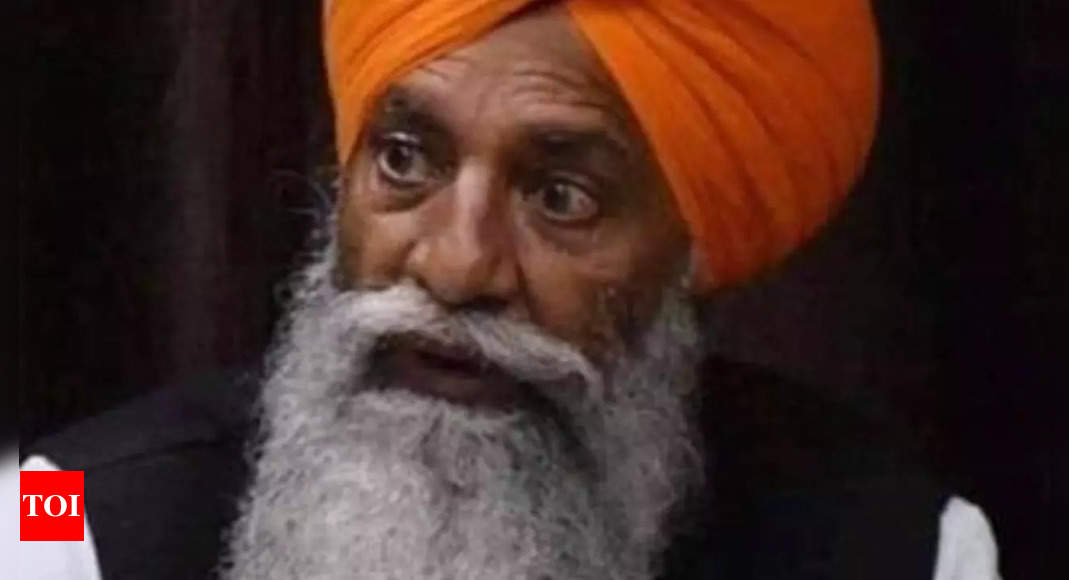 Gurnam Singh Charuni seeks opinion from farmers to stage protest in front of PM's residence