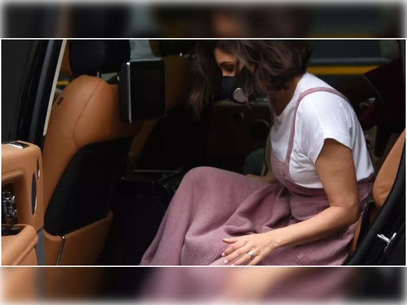 Anushka Sharma keeps it casual and stylish in pink as she gets spotted at a shoot location in the city