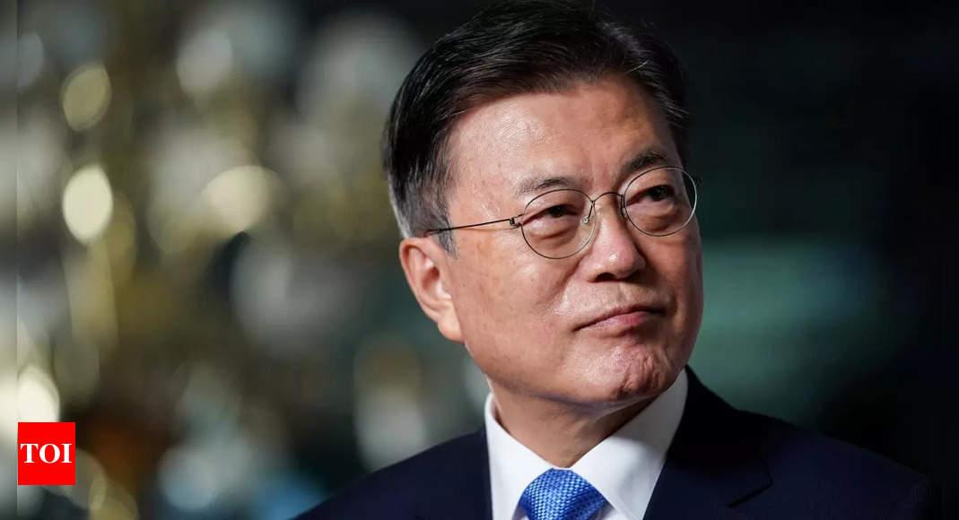 South Korea's President Moon raises dog meat ban thumbnail