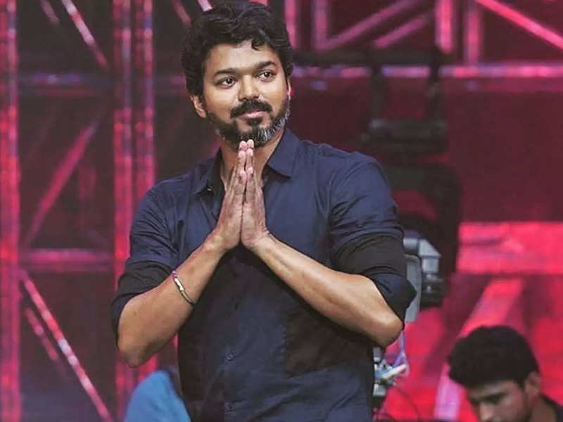 'No photos of any political leaders on film posters, Thalapathy Vijay issues warning for his fans