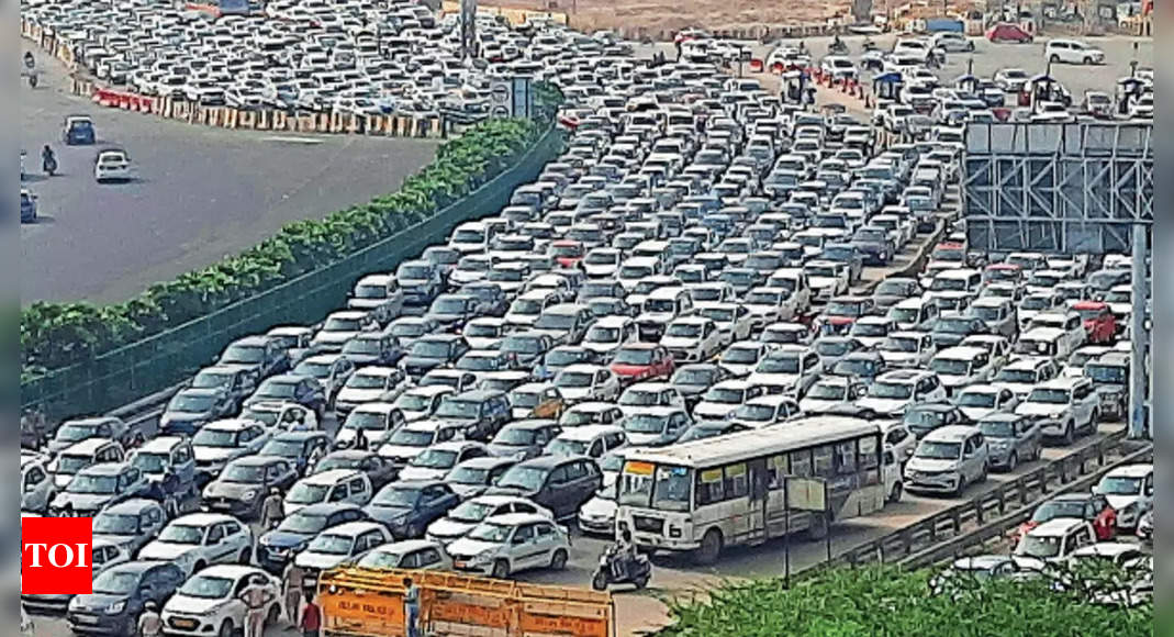 Bandh and barricades: Delhi, NCR choke on travail routes