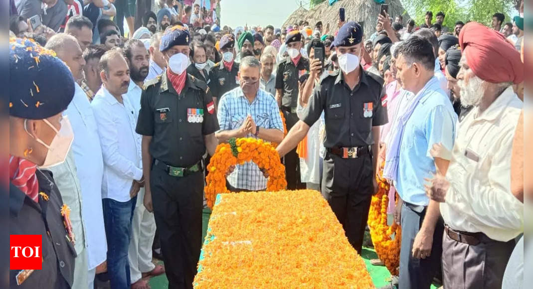 gurjant:   Naik Gurjant Singh who died on duty in Assam mishap cremated with full state honours | India News – Times of India